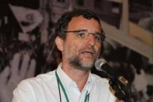 A palestra de Carlos Ominami