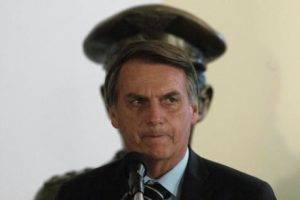 A crise econômica e social e a ampliação do núcleo militar no governo Bolsonaro